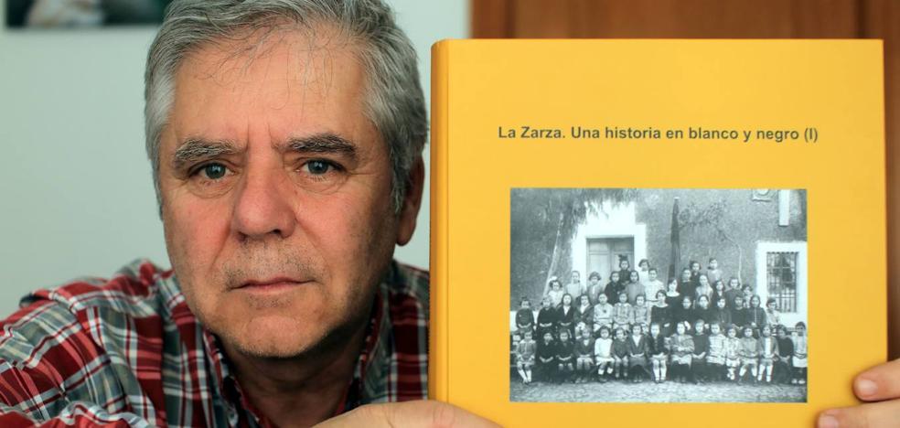 Este viernes se presenta el libro de fotografías 'La Zarza. Una historia en blanco y negro'