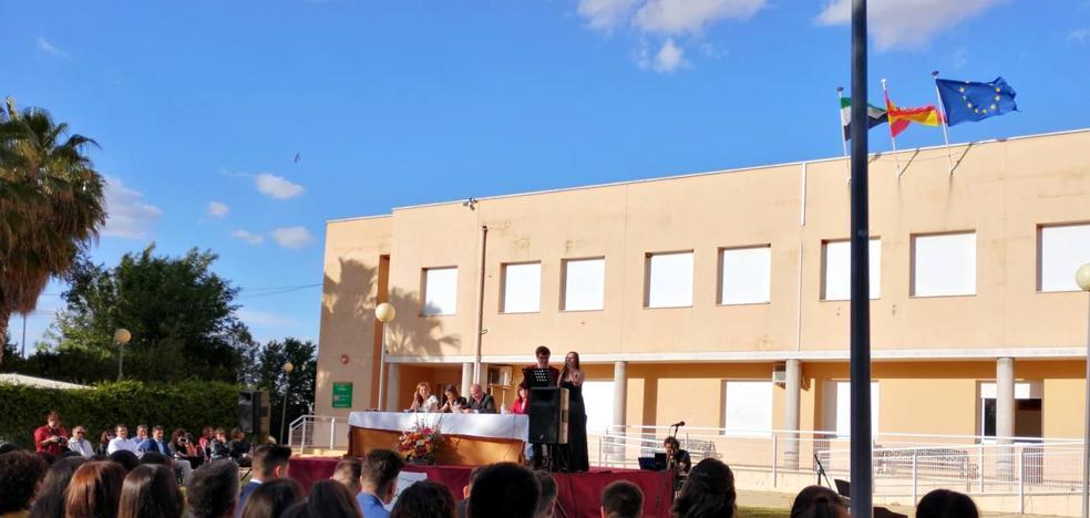 El IES Tierrablanca celebra el acto de graduación