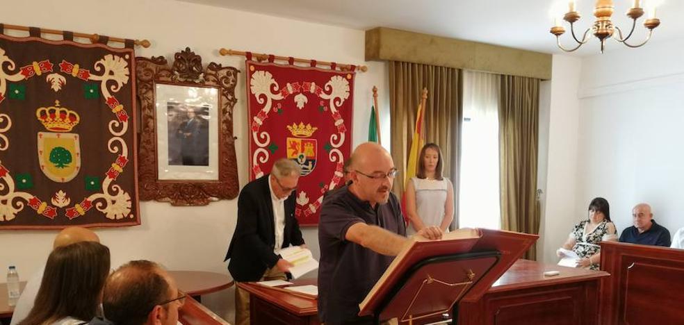 Francisco Farrona renueva el cargo por cuarta vez