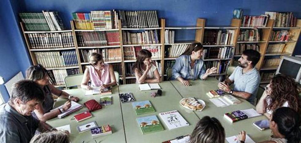 El Ayuntamiento estudia la creación de un club de lectura