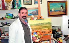 Entrevista a Javier Guerrero González-Piñero, autor del 'Monumento al Emigrante'