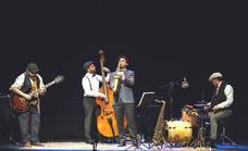 El grupo 'Swing ton ni song' actuará este viernes en El Pilar