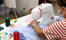 La Universidad Popular organiza un curso de costura a máquina
