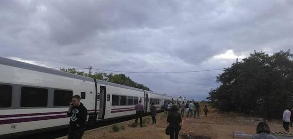 Llerena sufre en primera línea la odisea del tren extremeño