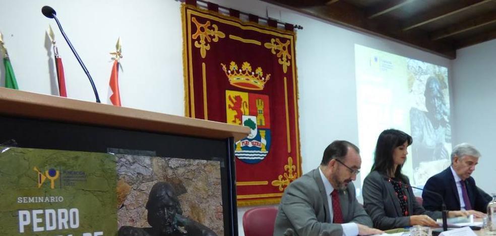 La academia de Yuste finaliza su paso por Llerena poniendo en alza la figura de Cieza de León
