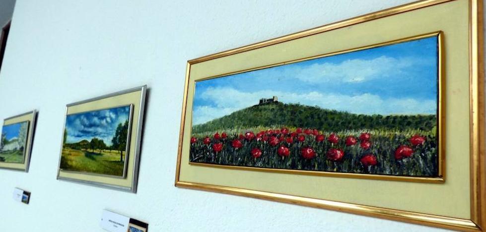 Vicente Juliá expone paisajes extremeños en el Patio Noble del ayuntamiento