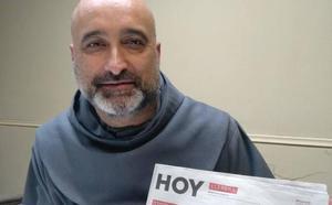 Alberto Chávez, director del hospital venezolano San Juan de Dios: «Ofrecemos tres comidas diarias, porque en el resto de hospitales de Venezuela solo ofrecen una»
