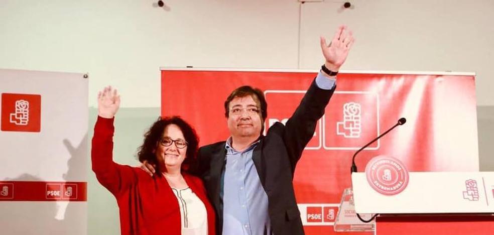 Juana Moreno presenta ante Llerena su candidatura a la alcaldía