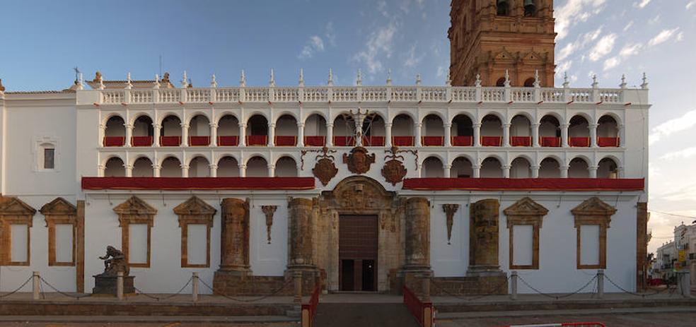 La fachada de la Iglesia de la Granada será reparada