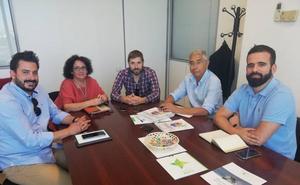 Juana Moreno se reúne con localidades con el título de 'Área de Interés Artesanal'