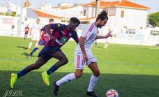 El Llerenense, líder provisional tras vencer en inferioridad (2-1)