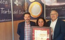La torta de queso 'Gran Casar' recibe un premio con sabor llerenense