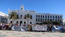 La manifestación por el tren en la Campiña Sur, en imágenes