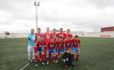 La Estrella se impone al Frexnense con buen juego y goles