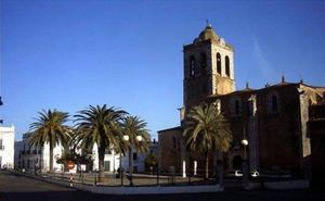 La Plaza de España permanecerá cortada al tráfico este jueves por la tarde con motivo de la inauguración de la iluminación navideña