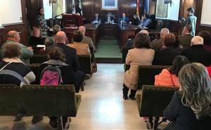 Representantes de la sociedad civil y militar participaron en el Pleno del Día de la Constitución