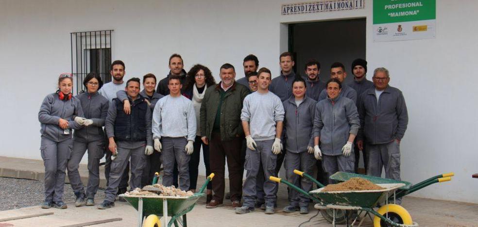 Los alumnos de la Escuela Profesional trabajan ya en la mejora del entorno y la accesibilidad de la sierra de San Cristóbal
