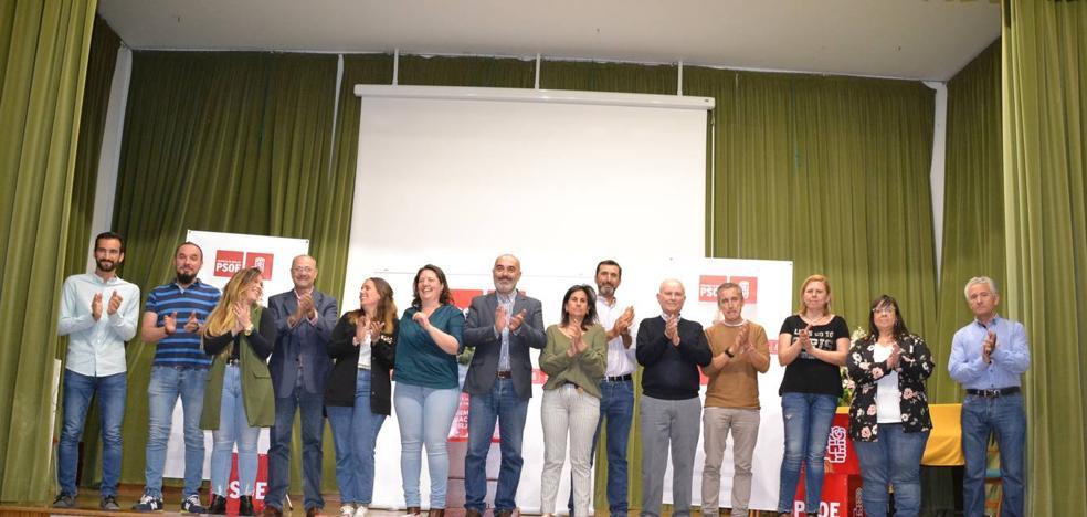 Juan Barrientos llenó la Casa de la Cultura en el acto central de campaña del PSOE