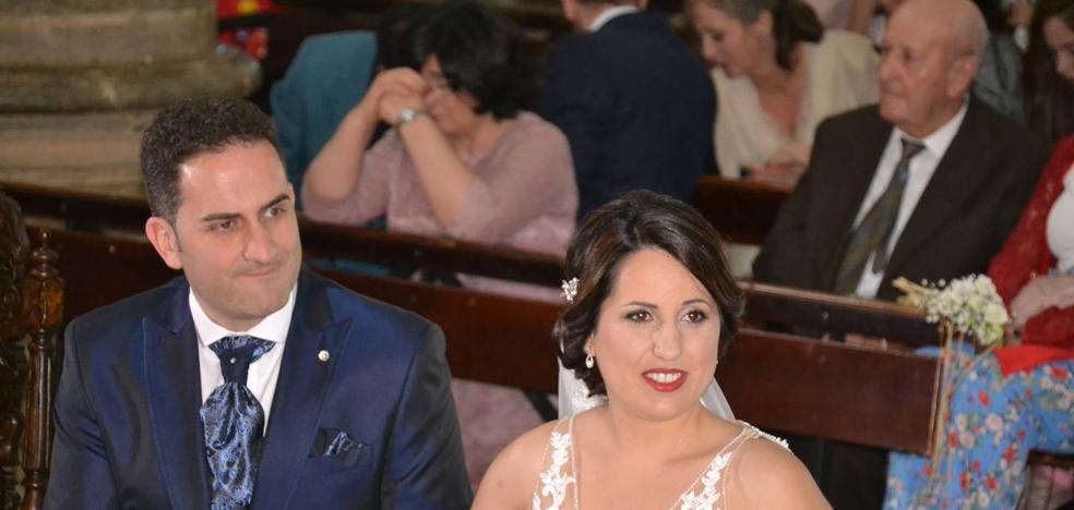 Se han casado Francis y Patricia y la música ha estado de boda