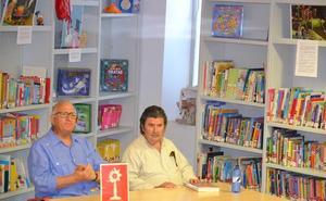 El escritor Olegario González Prado se encontró con sus lectores