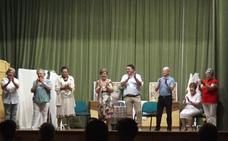 El taller de Teatro del Hogar de Mayores representó 'Las cosas de María' con gran éxito