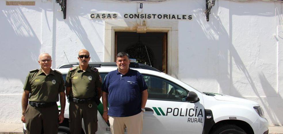 La Policía Rural cuenta con un nuevo vehículo todoterreno para su trabajo en el campo