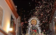Se preparan dos grandes petaladas en hornor a la Virgen de la Estrella en la procesión de este martes