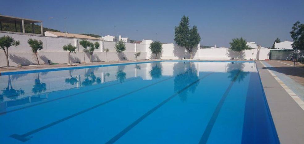 De nuevo echan excrementos en la piscina municipal obligando a su cierre