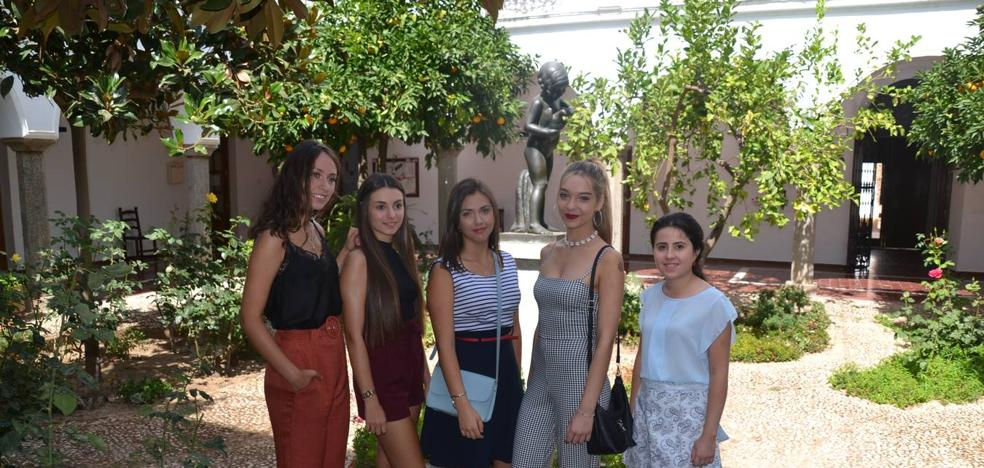 Cinco chicas optarán al título de Reina de la Vendimia en Los Santos