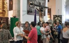 Muchos devotos en el tríduo al Cristo de las Misericordias y la Virgen de los Dolores