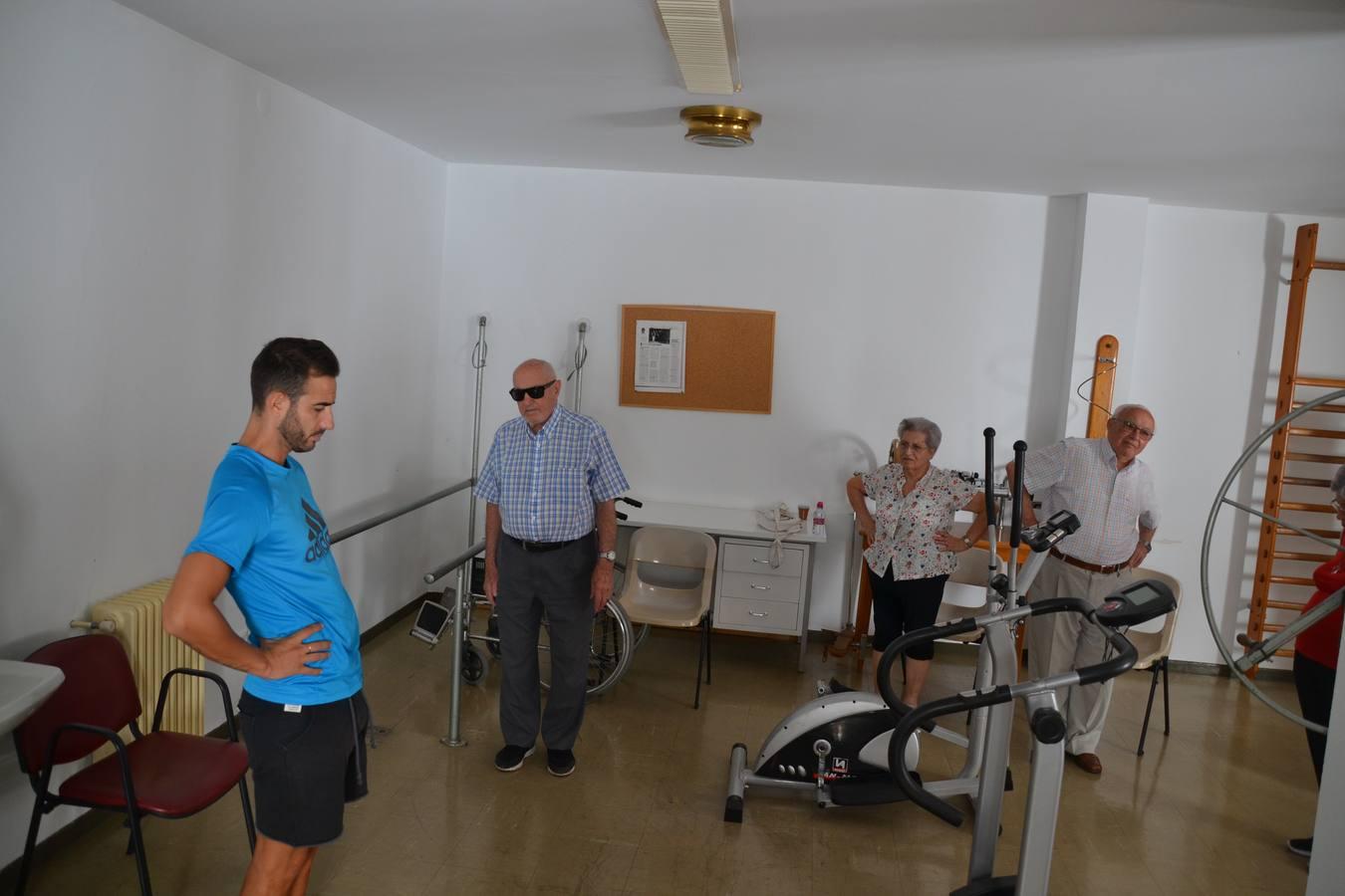 El programa 'el ejercicio te cuida' llega en Los Santos a más de 50 mayores