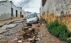 Las tomentas descargan con fuerza sobre Los Santos produciendo inundaciones y mucho barro