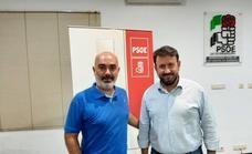 El candidato a Secretario Provincial del PSOE en la provincia de Badajoz se reunió con la militancia en Los Santos