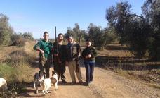 Este domingo se abre la veda en el coto social para la caza al salto y con galgos