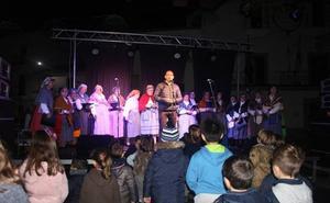 Malpartida de Cáceres dio ayer la bienvenida a la Navidad
