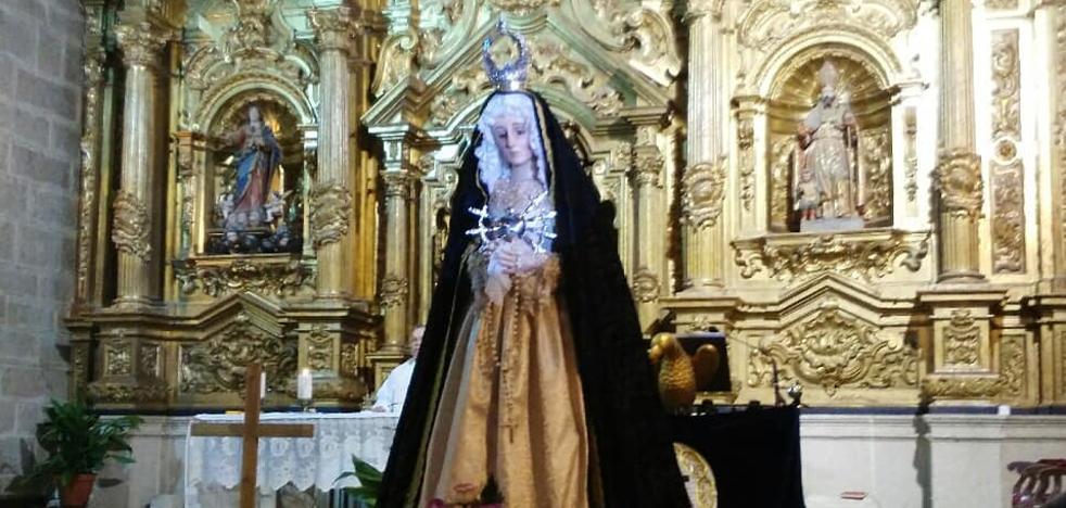 La Virgen de la Soledad volvió a la Iglesia de Ntra. Sra. de la Asunción el pasado 4 de abril