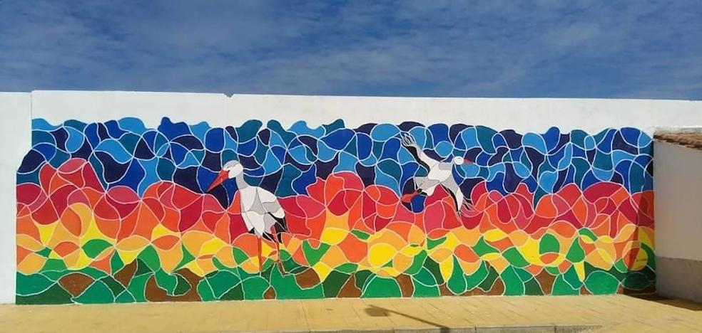 Finalizado el mural 'Las cigüeñas de Aizenay'