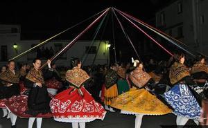 Llamamiento a las jóvenes malpartideñas para que no se pierda el Baile del Cordón
