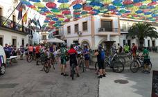 60 ciclistas participaron en la Ruta Ciclista Nocturna de Malpartida de Cáceres
