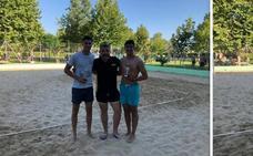 17 parejas participaron en la VII edición de las 12 Horas de Voley-Playa de Malpartida de Cáceres