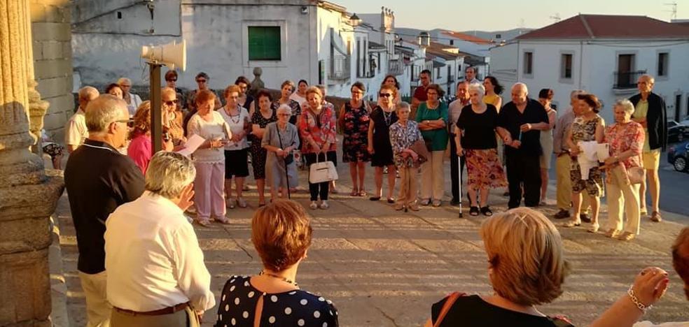 Cáritas Parroquial de Malpartida de Cáceres celebra el primer Círculo del Silencio en la localidad