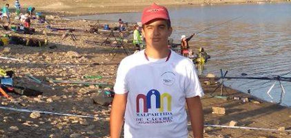 Un alumno de la escuela de pesca 'El Molinillo' consigue el bronce en el Campeonato de España y la pata en el Campeonato de Extremadura de Pesca