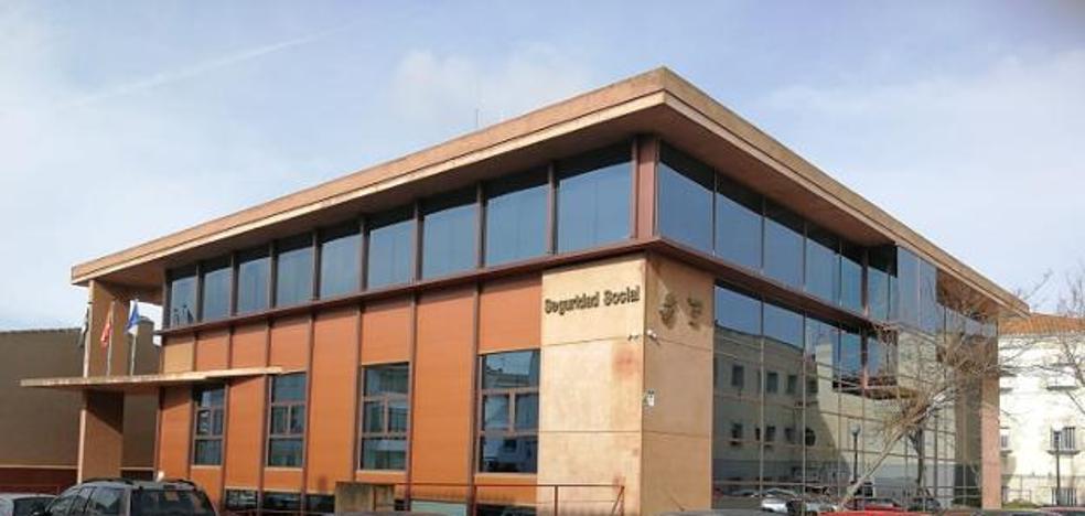 La oficina de la Seguridad Social de Trujillo tiene siete vacantes en la plantilla