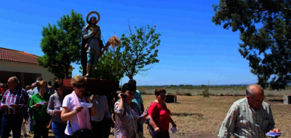 Los vecinos de Miajadas celebran la romería de San Isidro
