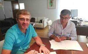 El Ayuntamiento continúa con su apuesta deportiva y firma un nuevo convenio con el Club Ciclista Miajadas