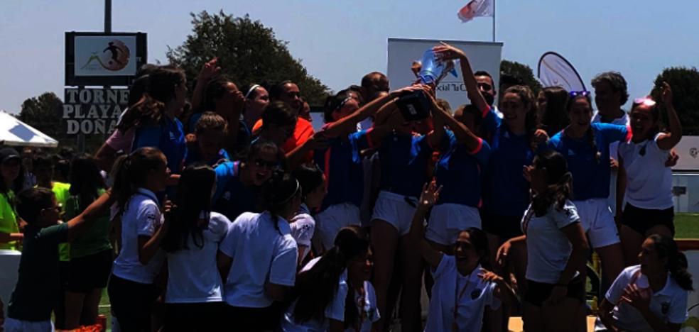 Tres futbolistas miajadeñas se proclaman campeonas en Matalascañas