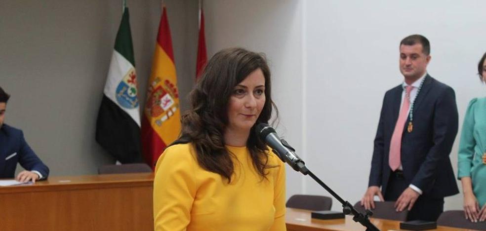 Isabel Ruiz renuncia a su retribución como concejala por «coherencia e incompatibilidad»