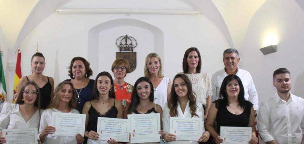 El Consistorio premia a los alumnos miajadeños con mejor expediente académico