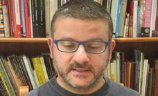 Julio Santiago: «Los libros son la mejor vacuna contra la más terrible de las patologías: la incultura»