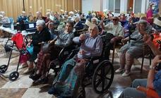 Los residentes de San Martín de Porres celebraron el Día Internacional del Mayor